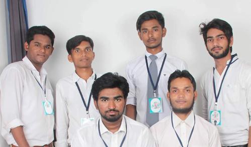 Team-Career Creators Shadab